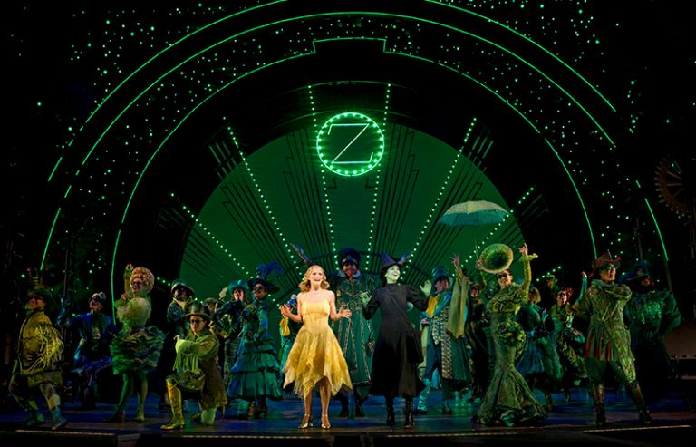 Cast of the show Wicked